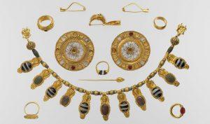Trong nền văn minh La Mã, trang sức được sử dụng để thể hiện địa vị hơn là làm đẹp. (Ảnh: Metropolitan Museum of Art / CC0 1.0)