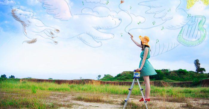 Trong khó khăn nên học được sự lạc quan, vui vẻ. Đừng để cho những việc vặt ảnh hưởng đến hạnh phúc của bạn