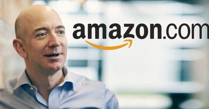 Giám đốc điều hành và nhà sáng lập Amazon Jeff Bezos