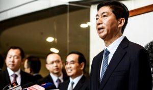 """Tại cuộc họp báo hôm 06/01, tân giám đốc Văn phòng Liên lạc, Lạc Huệ Ninh cam kết sẽ """"phục hồi Hong Kong bị tàn phá bởi biểu tình để trở lại con đường đúng đắn"""""""