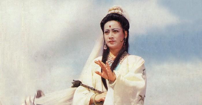 Quan Âm Bồ Tát' Tả Đại Phân: Cuộc sống viên mãn sau vai diễn kinh điển,  được khán giả sùng bái quỳ lạy | Việt Nam Mới